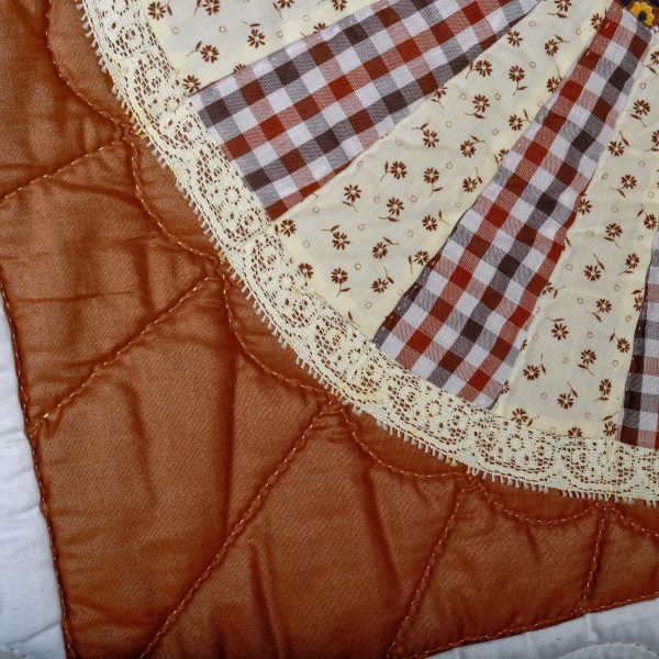 Georgia Bonesteel brown and white sampler quilt with square detail