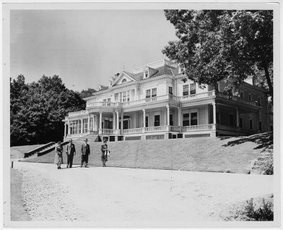 Cone Manor House