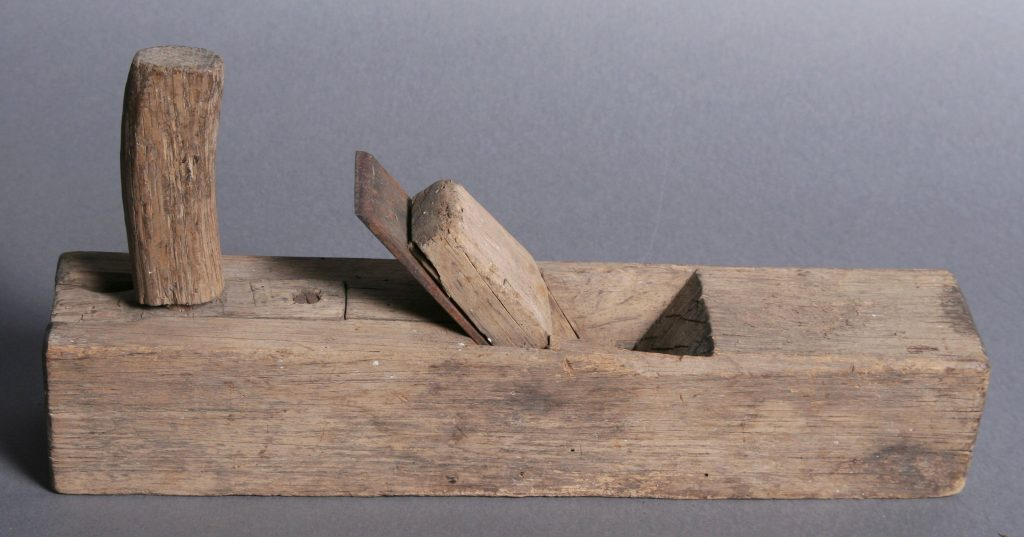 Small Wood Block Plane, c. 1850, oak - post grip handle, pegged into narrow rectangular insert, screwed into main block, oak and iron tolls.