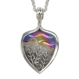 large mountain sunset pendant