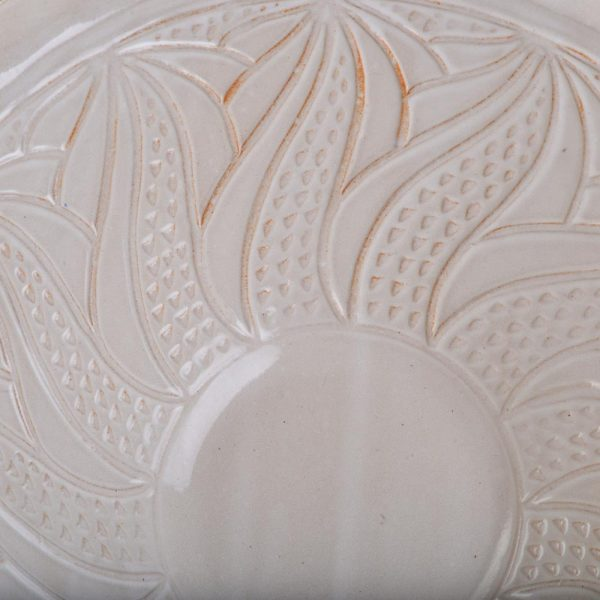 interior carving on serving bowl, doe ridge pottery