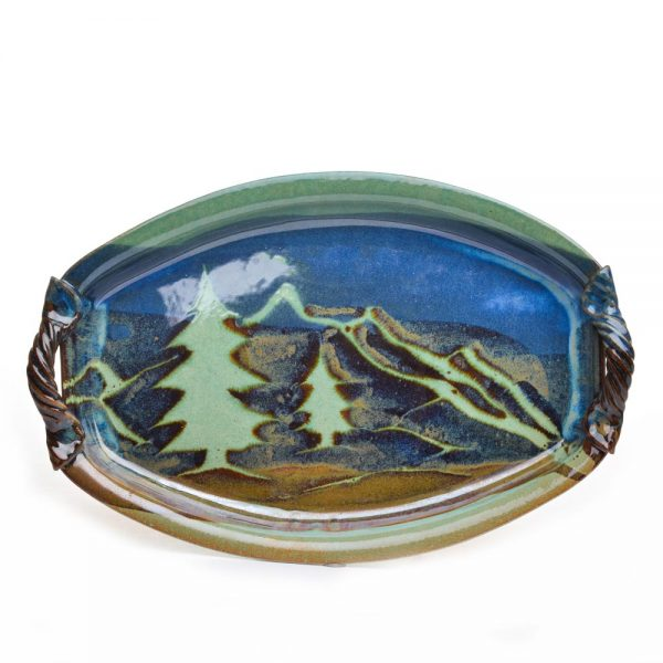 green oval serving mountain dish