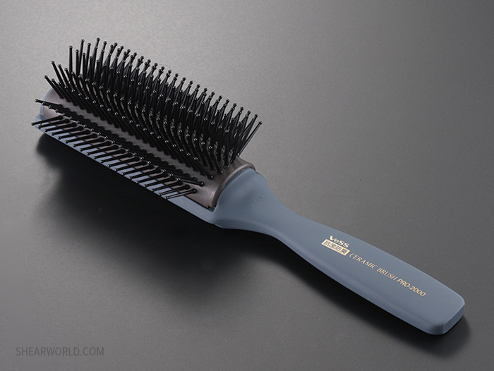 Vess PRO-2000 9-Row Ceramic Blowout Brush