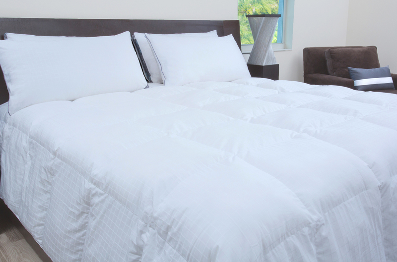 SHEEX® COMFORTZN™ 37.5® DOWN ALTERNATIVE COMFORTER