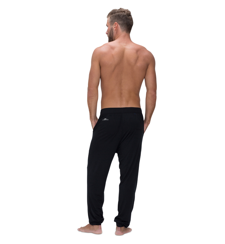 828 men jogger black back