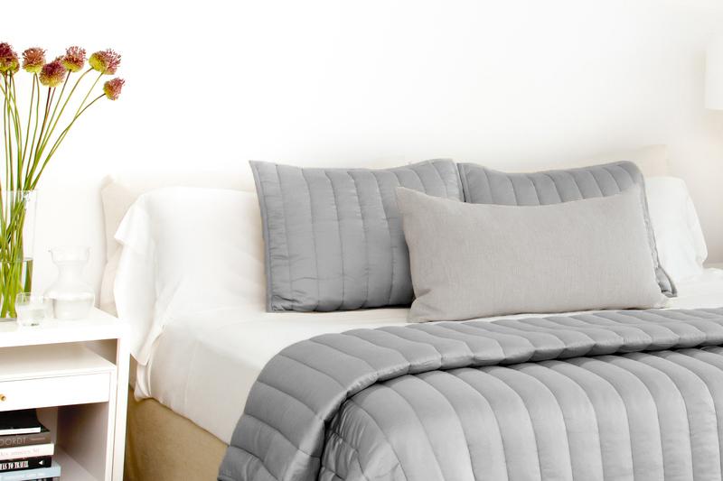 Ecosheex comforter  gray 6 2 pillow edit 2