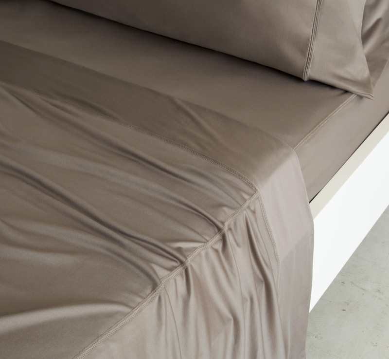 1142 taupe c
