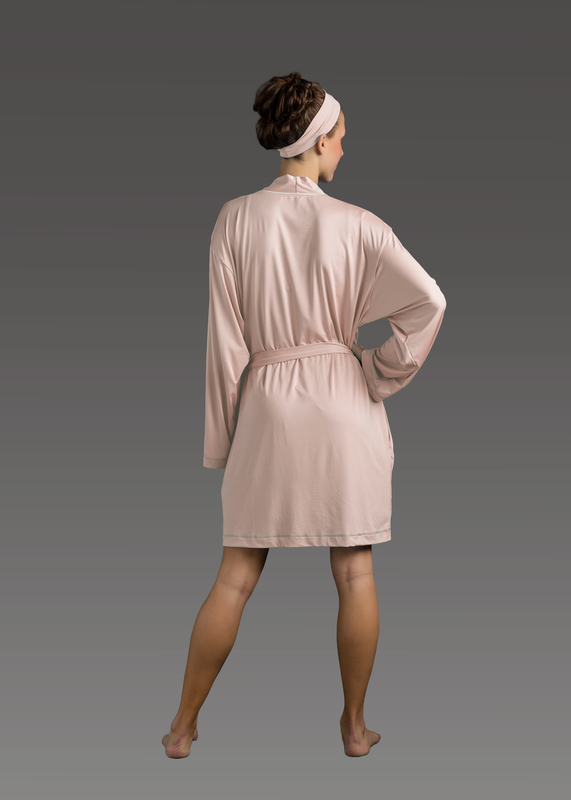 Sleepwear product w robe pink back