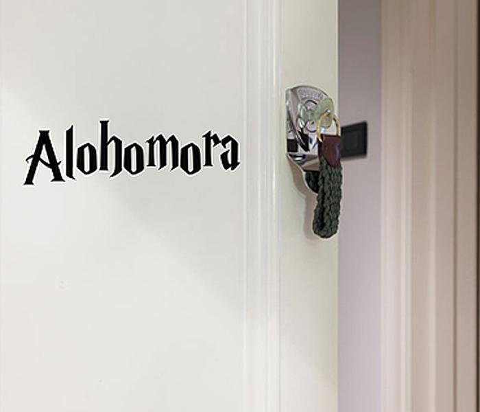 Aparador Estreito Branco ~ Decore sua casa com adesivos de parede inspirados em Harry