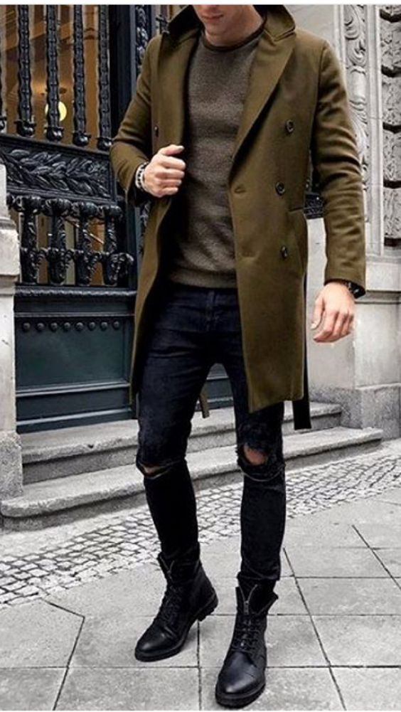Green Overcoat with Boots