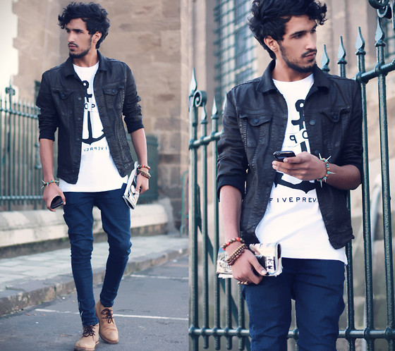 Anchor Shirt With Skinny Jeans