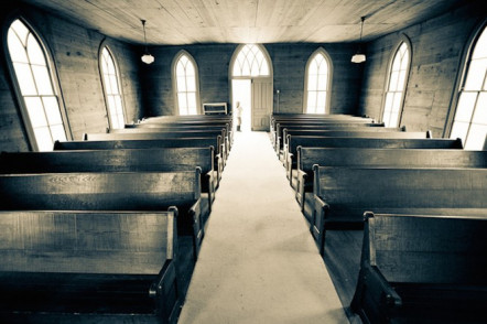 old-empty-church-pews-e1459784210555