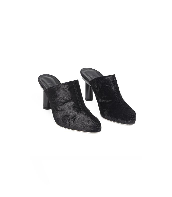 black zoe heels