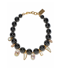 black evora necklace