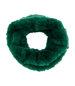 green fur stole