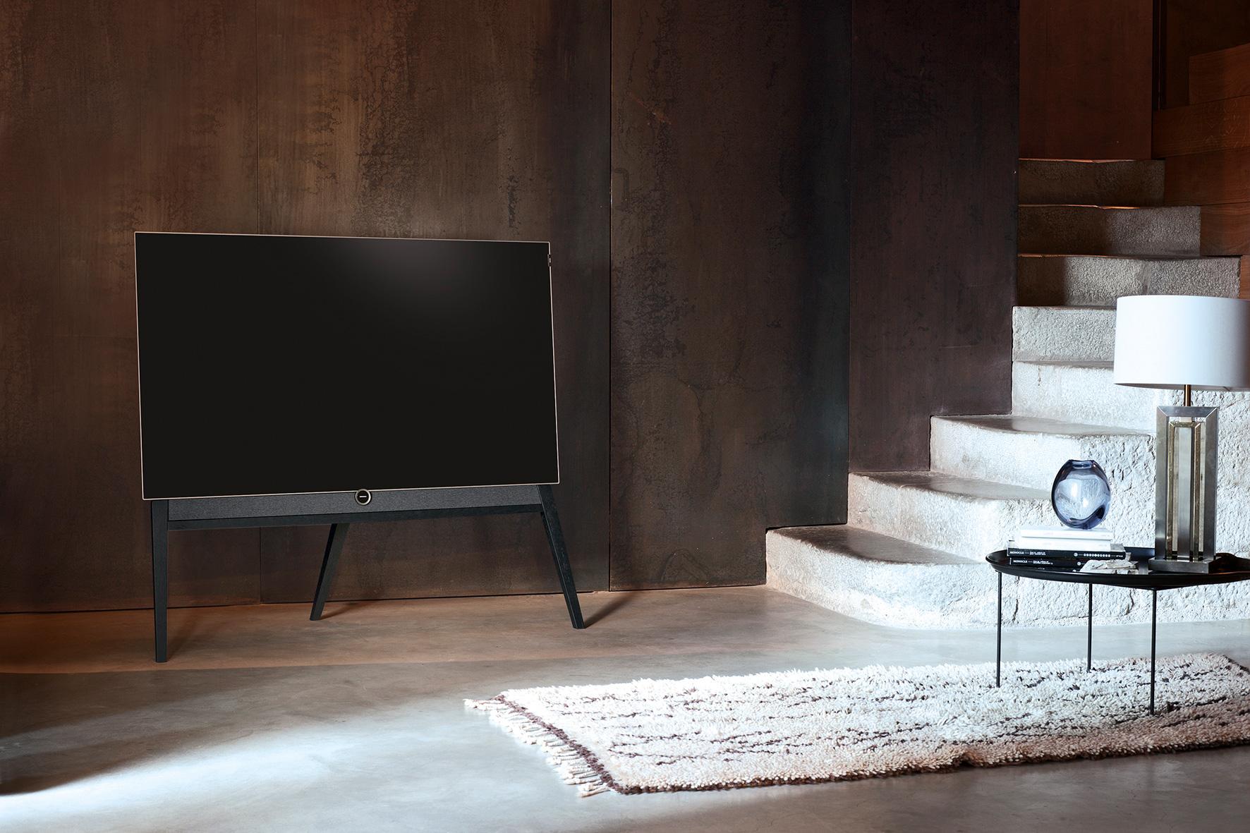 Loewe bild 5 OLED Floorstand Television