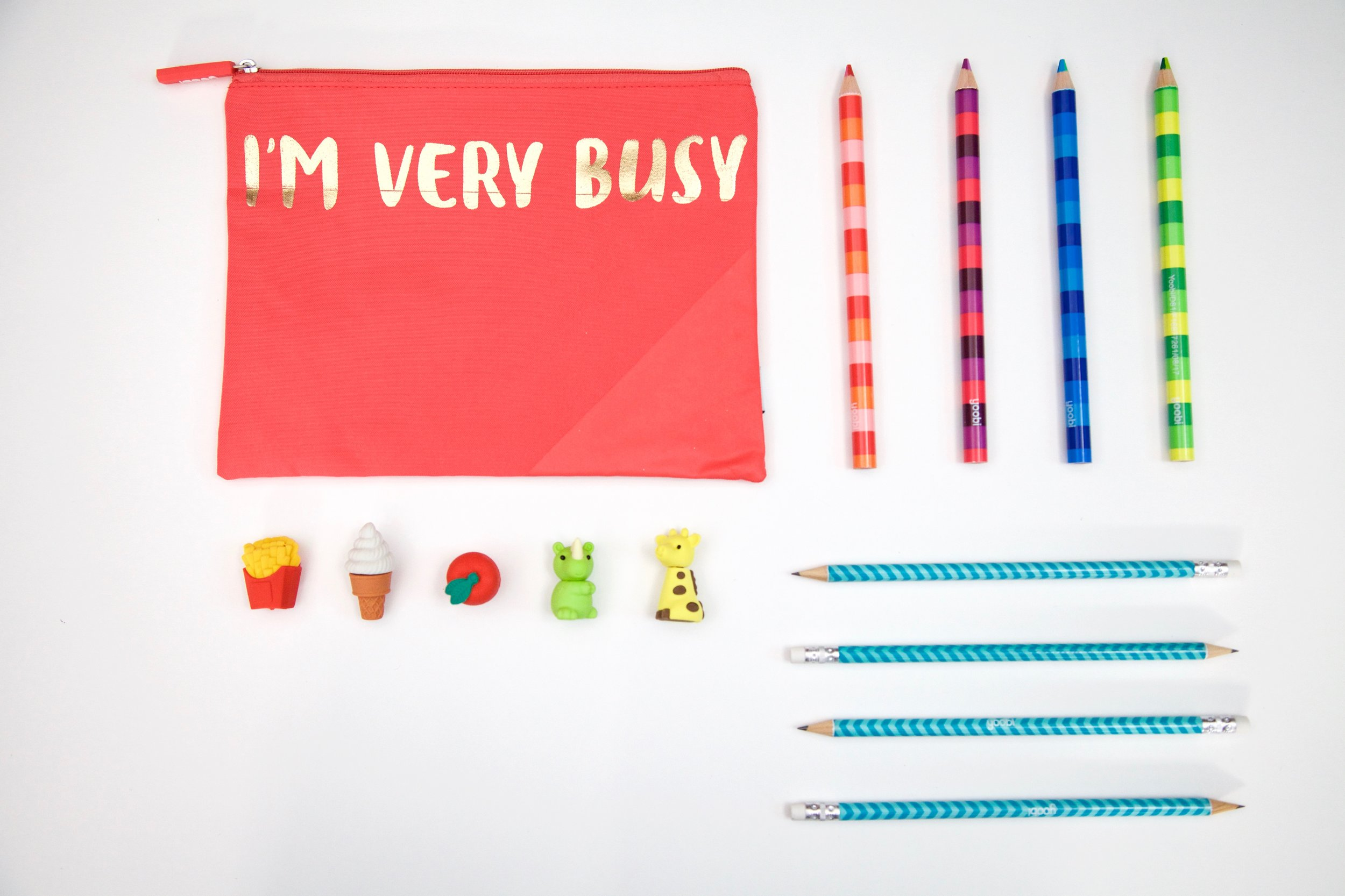 How-to-organize-a-backpack-pencil-case