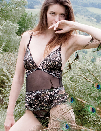 Kamikaze Cracker | Black Floral Lace Luxury Designer Lingerie Set