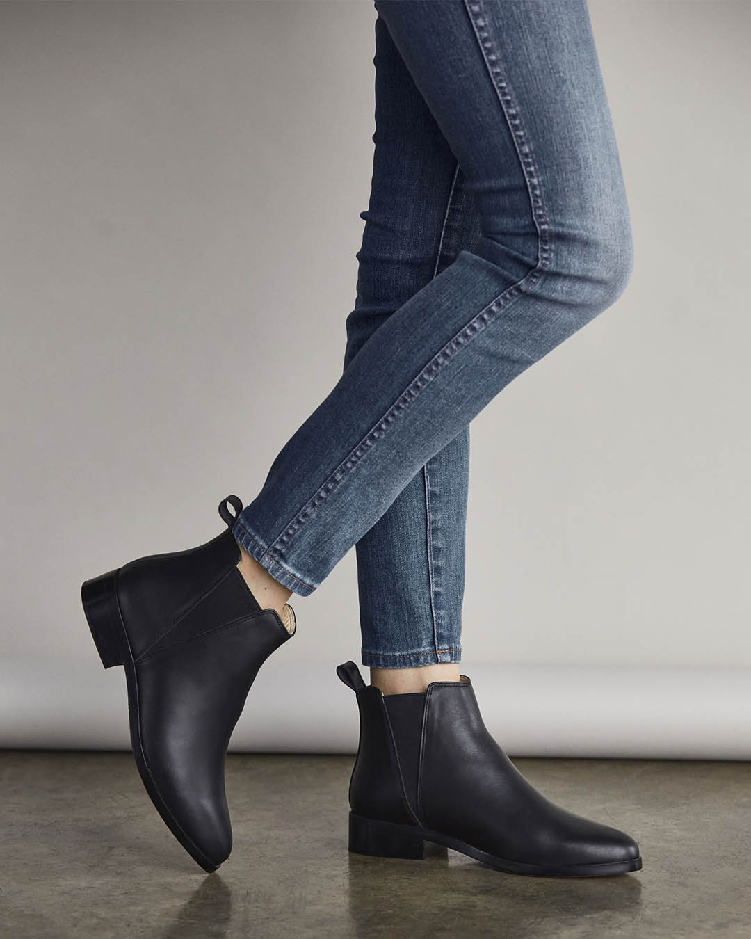 Women's All Black Chelsea Boot | Ethically Made | Nisolo