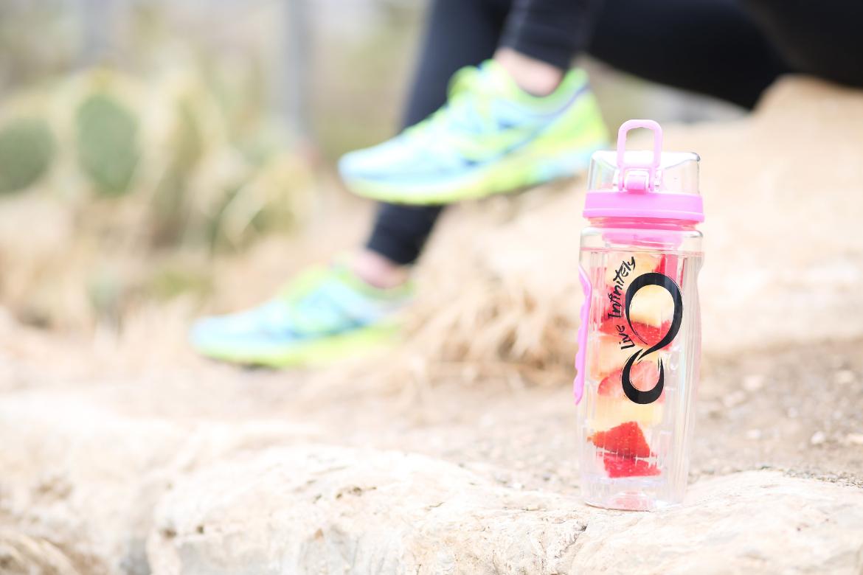 32 Oz Flip Top Fruit Infuser Water Bottle