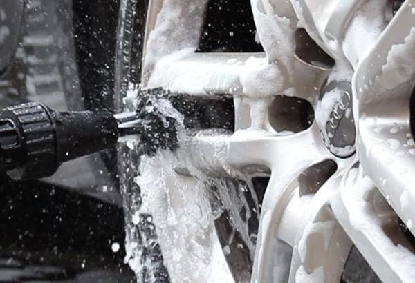 rotating car wash brush