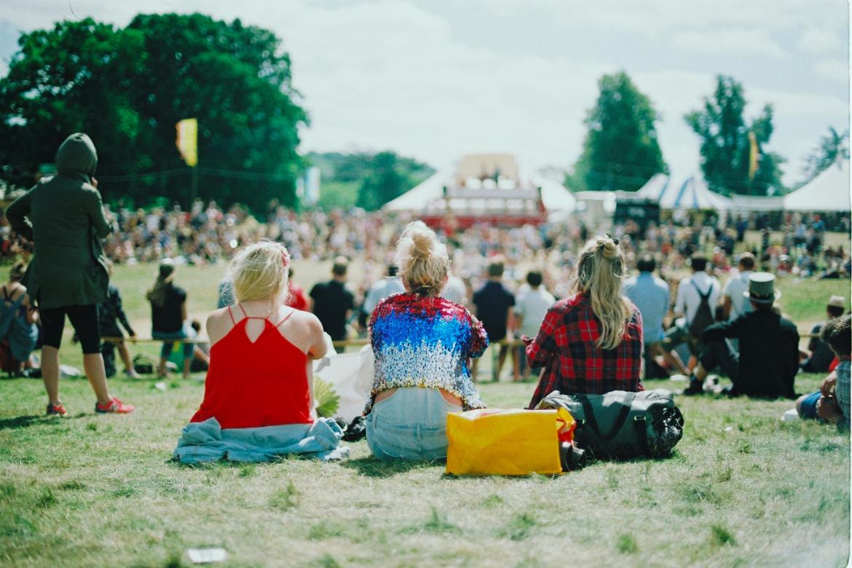 music festival air sofas