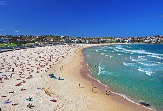Bondi Beach - Australia's Top Summer Hot Spot