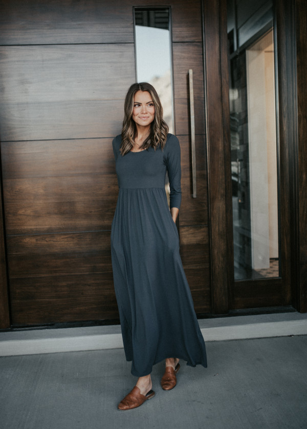 Tres Chic Dress (Charcoal)