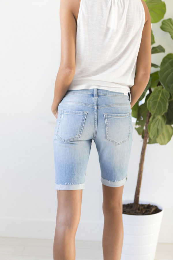 Tomboy Cutoffs (Light)