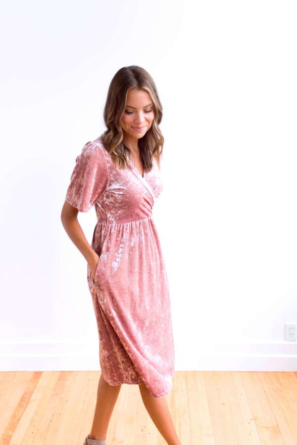 MG Viva La Velvet Dress (Pink)