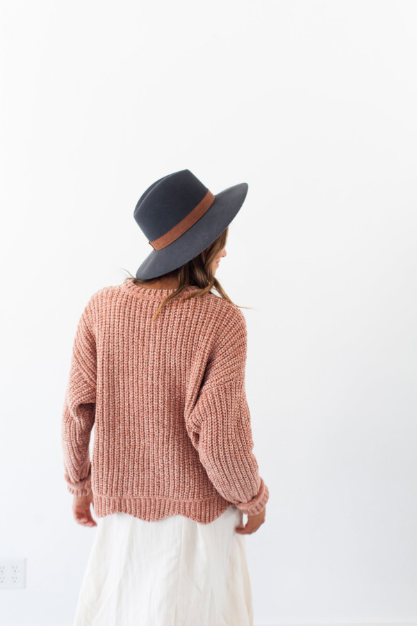 Deer Valley Sweater Blush