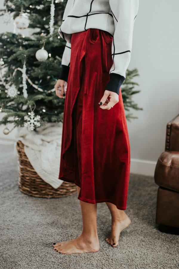 Velvet Split Decision Skirt (Red)