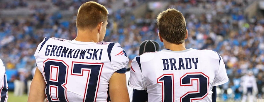Rob-Gronkowski-Tom-Brady