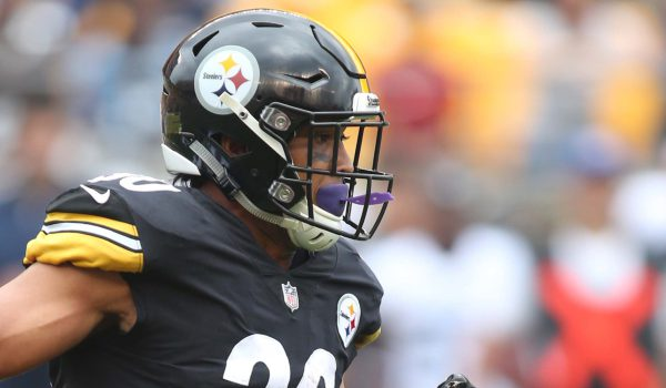 pittsburgh-steelers-running-back-james-conner