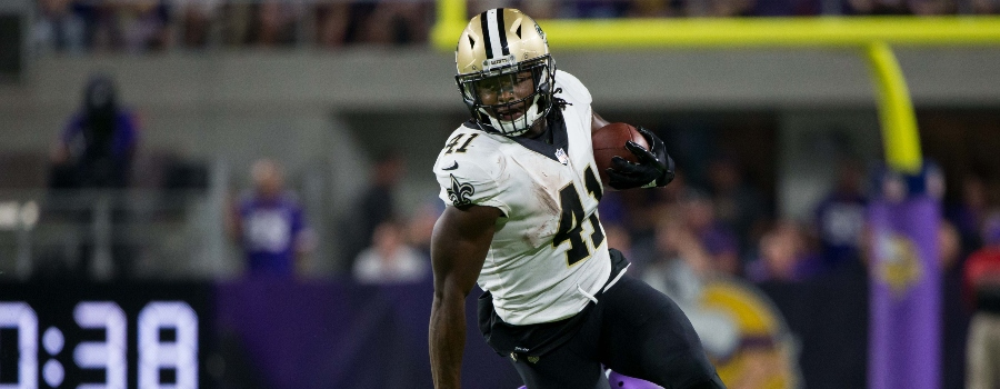 New Orleans Saints running back Alvin Kamara (41) runs with the ball in the fourth quarter against the Minnesota Vikings at U.S. Bank Stadium.