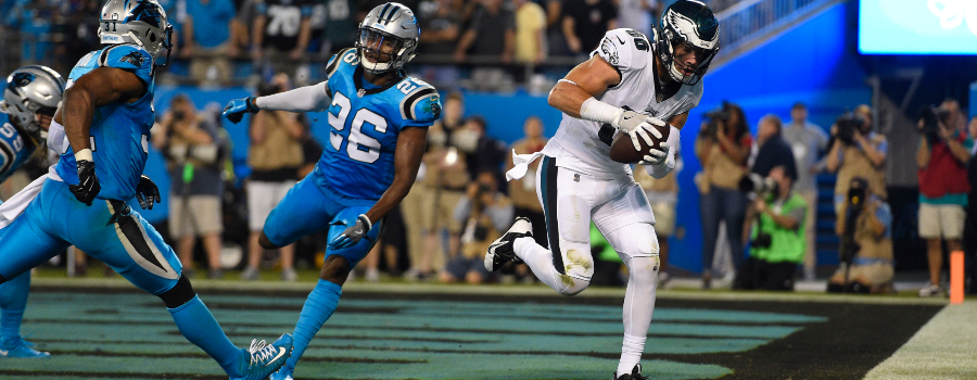 Philadelphia Eagles tight end Zach Ertz (86) scores a touchdown as Carolina Panthers cornerback Daryl Worley (26) defends in the second quarter at Bank of America Stadium.
