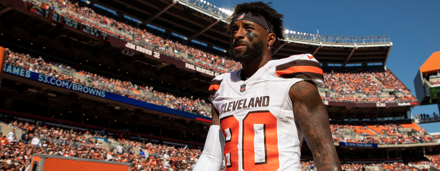 Cleveland Browns wide receiver Jarvis Landry (80) walks the sidelines during the second quarter against the Los Angeles Chargers at FirstEnergy Stadium.