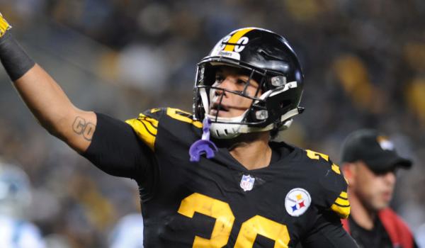 Patriots-Steelers-DFS-Sunday Night Showdown-DraftKings-FanDuel