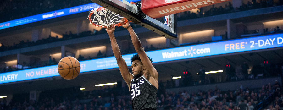 Sacramento Kings forward Marvin Bagley III (35) dunks the ball during the second quarter against the San Antonio Spurs at Golden 1 Center.