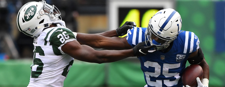 Indianapolis Colts running back Marlon Mack (25) runs against New York Jets free safety Marcus Maye (26) during a NFL game at MetLife Stadium.