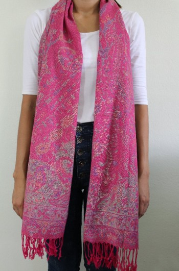 Soft Pink Cashmere Scarv