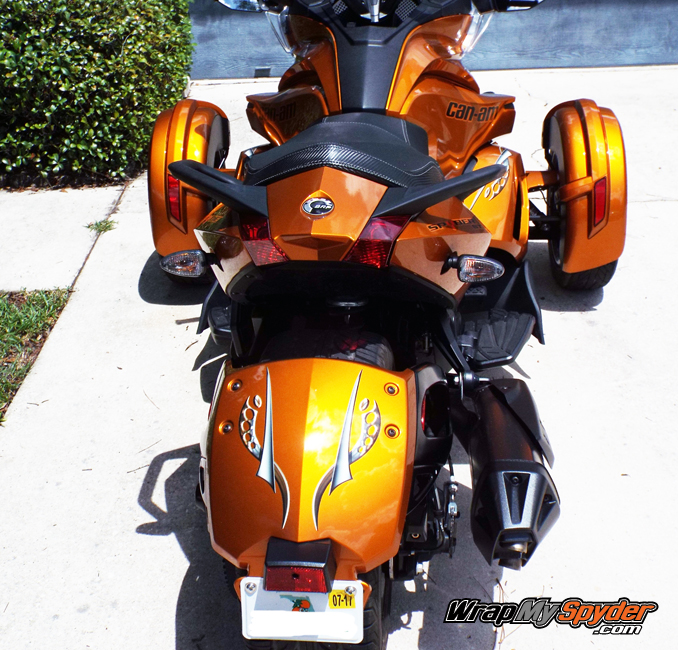 Cosmos Orange tone Spyder ST rear fender