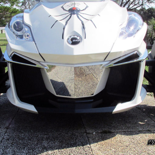 Chrome air dam insert for Spyder RT