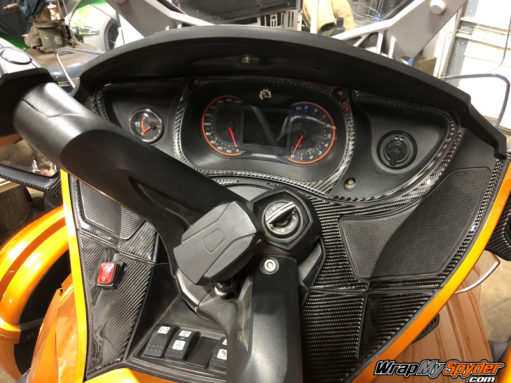 Spyder RT real carbon fiber black dash kit