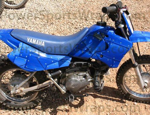 vinyl-wrap-164-riveted-metal-blue