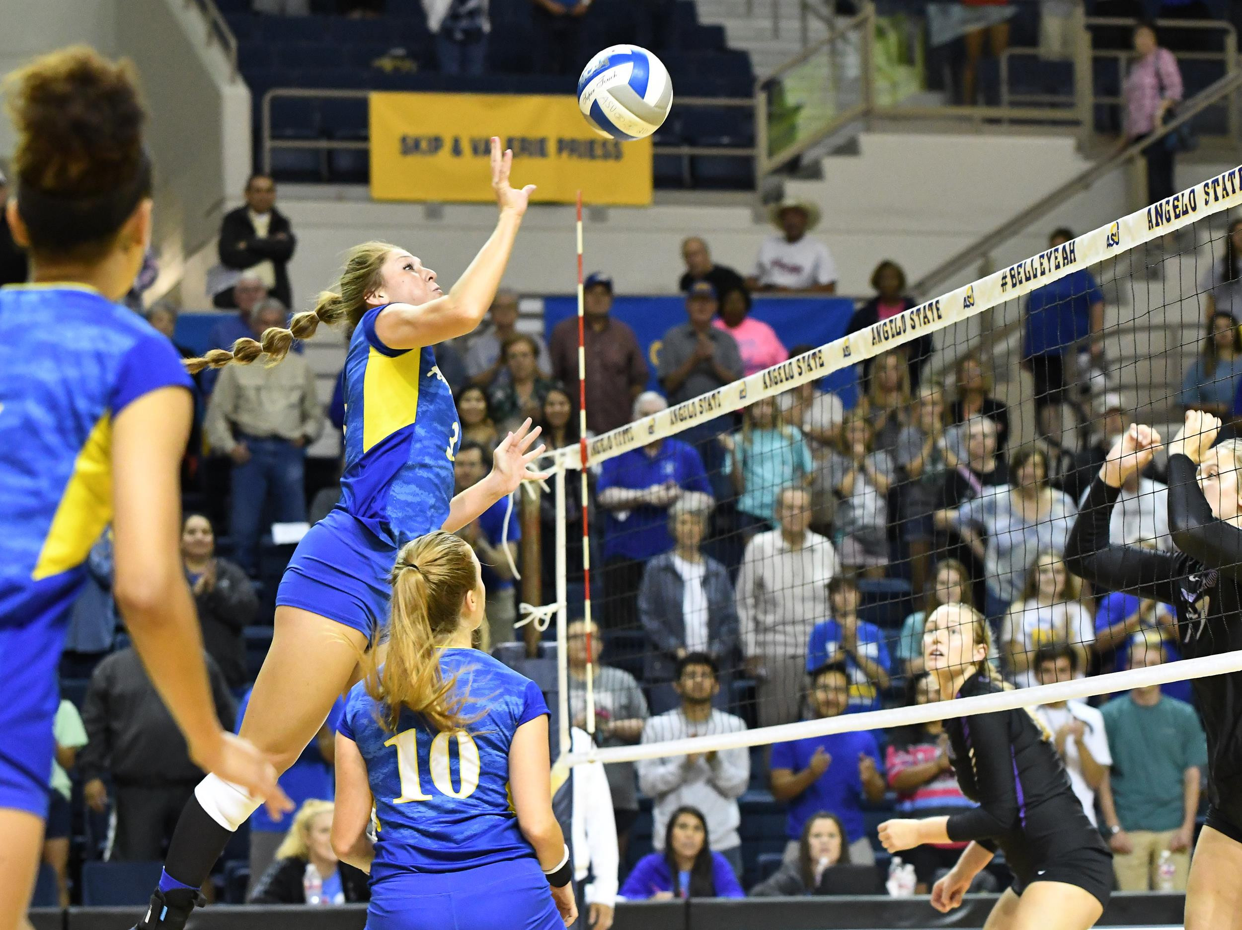 Belles split Saturday matches - Official Athletics Site of Angelo State University