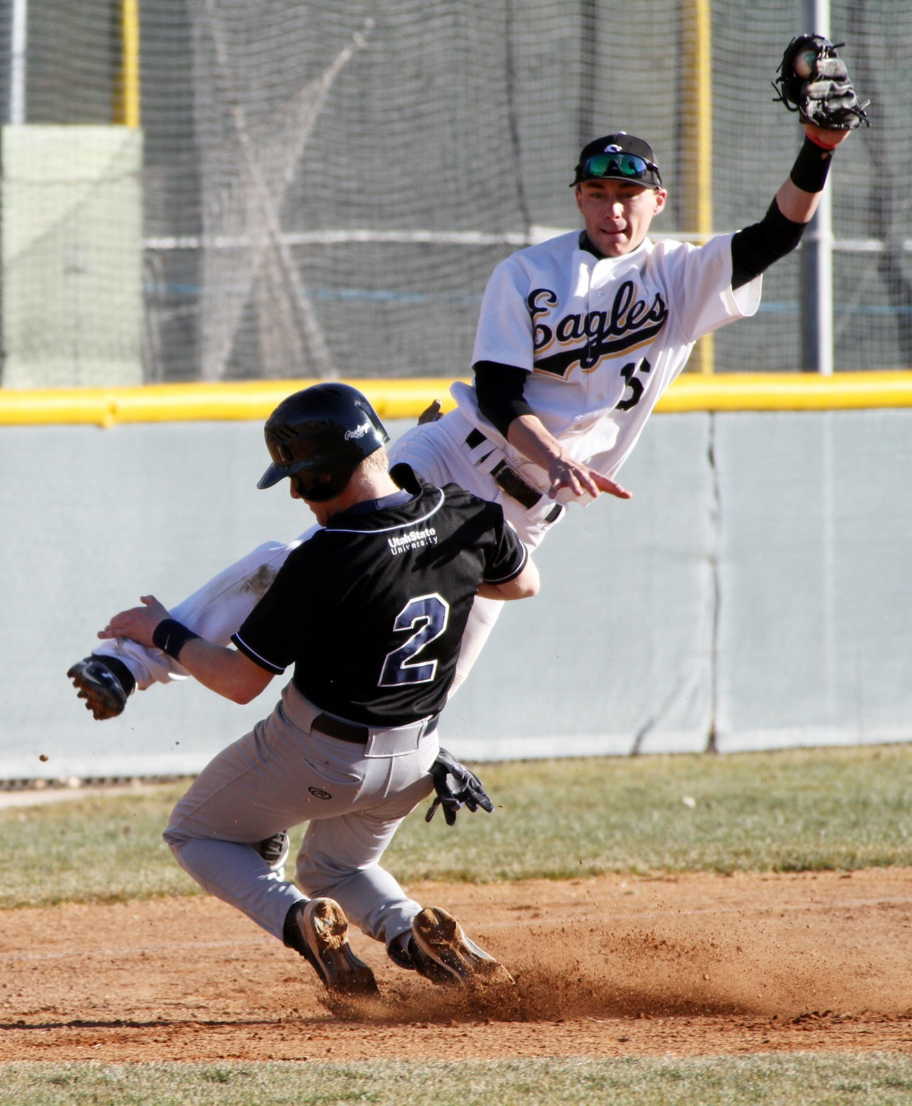 Golden Eagle Pitching Shines For Baseball Team College