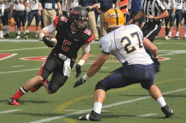 Bishops' Cagney Voted to Capital One Academic All-District