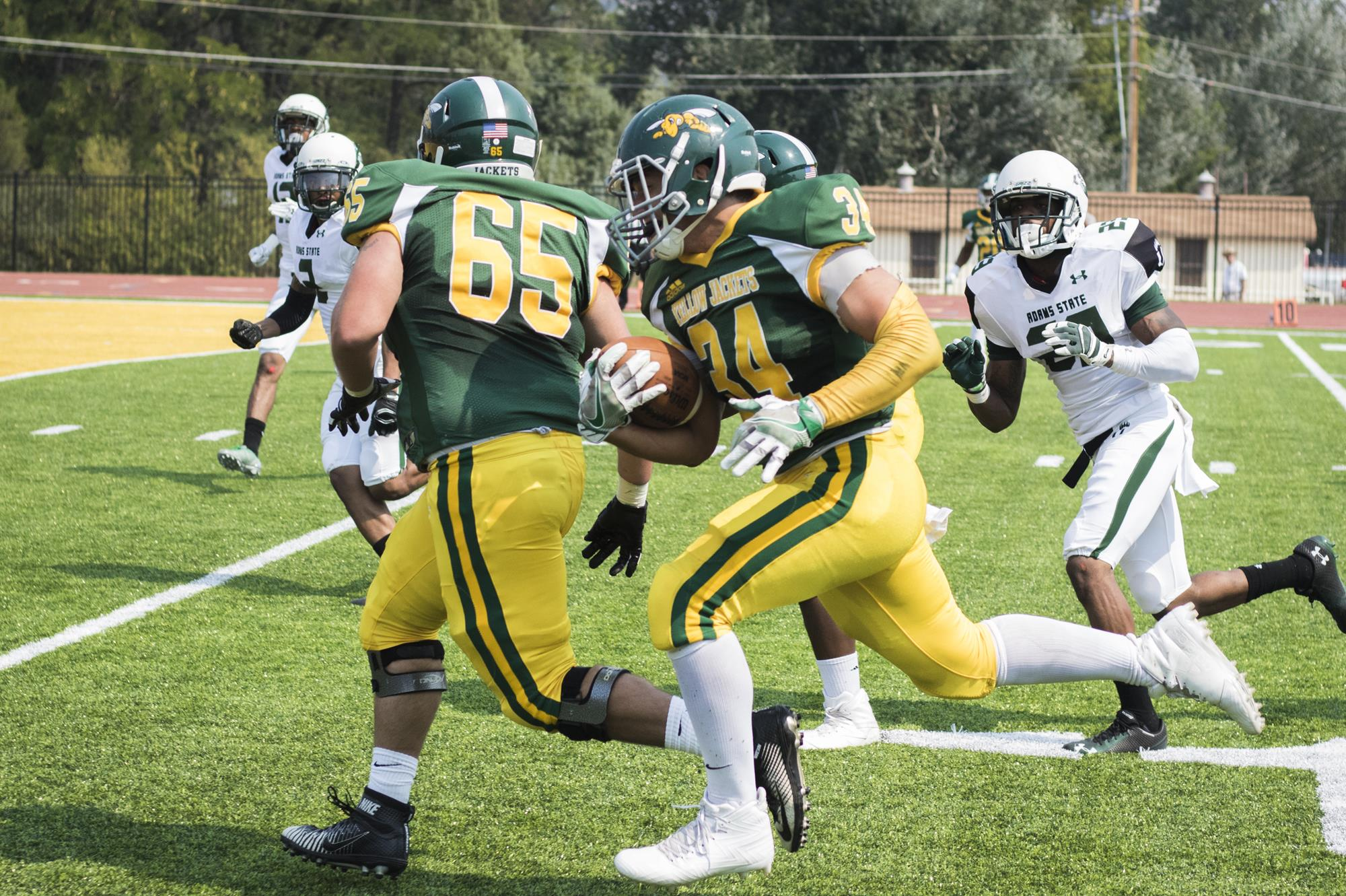 Football Looks To Bounce Back At Dixie State Black Hills State
