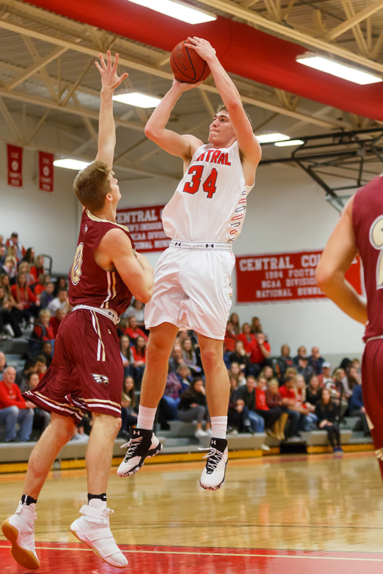 Central men's basketball team continues winning ways ...